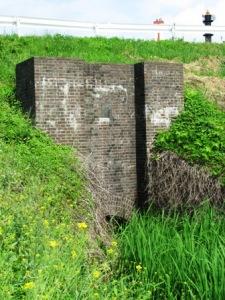 利根運河の煉瓦造りの樋管